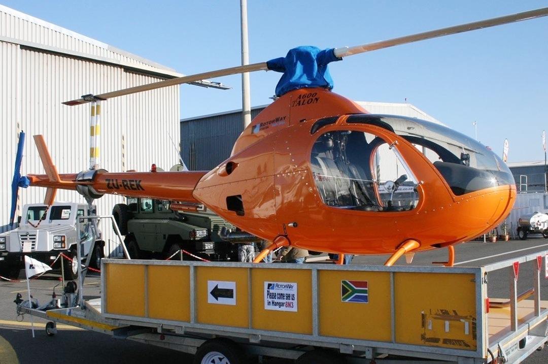 Helikopteri Myydään